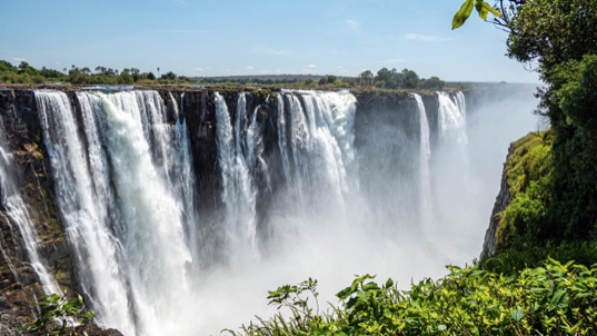 Wasserknappheit an den Viktoria Fällen – Safari im südlichen Afrika